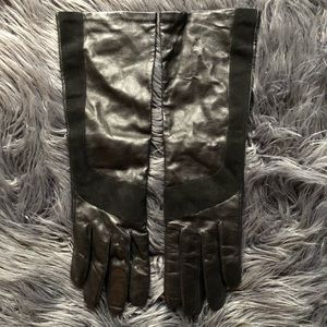 HESTRA black suede and leather gloves